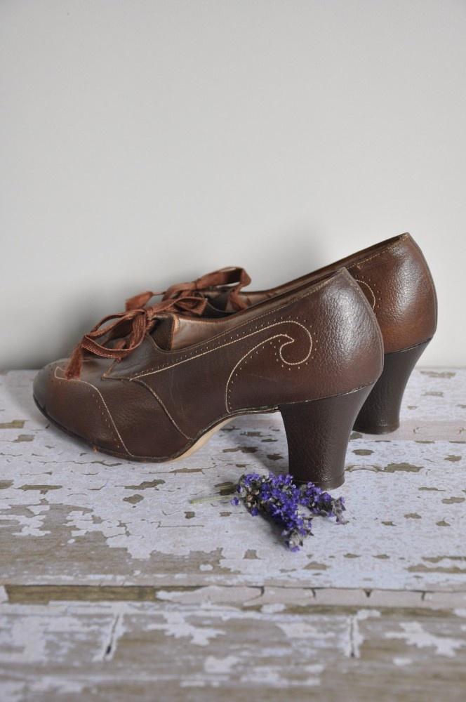 1940s swing dancing shoes #40s #1940s #heels #shoes