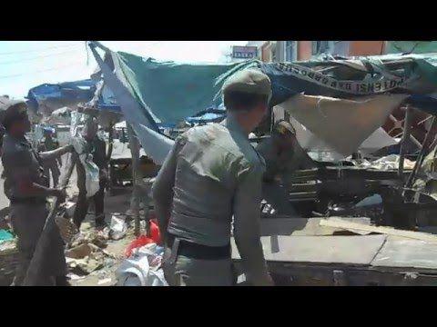Kericuhan penertiban satpol pp hingga di lempari batu terbaru 2016 (HD) - YouTube