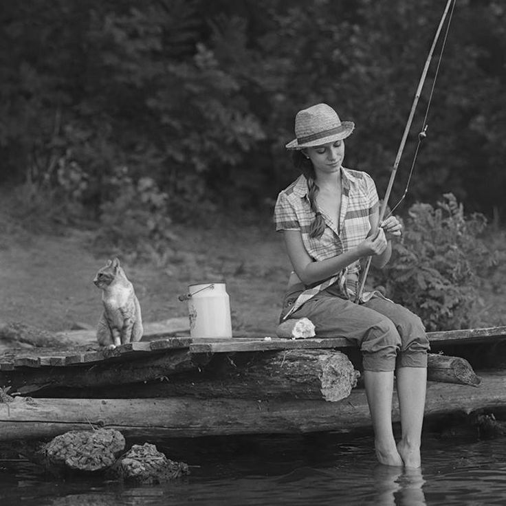 Girl gone fishing over yonder country livin 39 pinterest for Country girl fishing