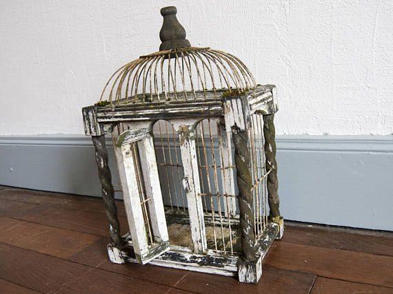 Les 25 meilleures id es de la cat gorie cages d 39 oiseaux de for Cages a oiseaux decoratives