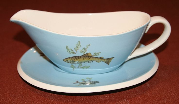 T.G.Green 'Polo' Fish Gravy Boat and Base Plate