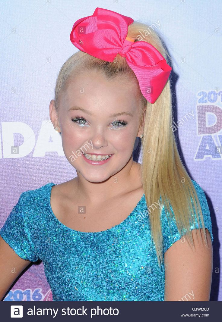 Download this stock image: Hollywood, CA, USA. 17th Aug, 2016. 17 August 2016 - Hollywood, California. Jojo Siwa. 2016 Industry Dance Awards & Cancer Benefit Show held at the Avalon. Photo Credit: Birdie Thompson/AdMedia Credit:  Birdie Thompson/AdMedia/ZUMA Wire/Alamy Live News - GJWM6D from Alamy's library of millions of high resolution stock photos, illustrations and vectors.