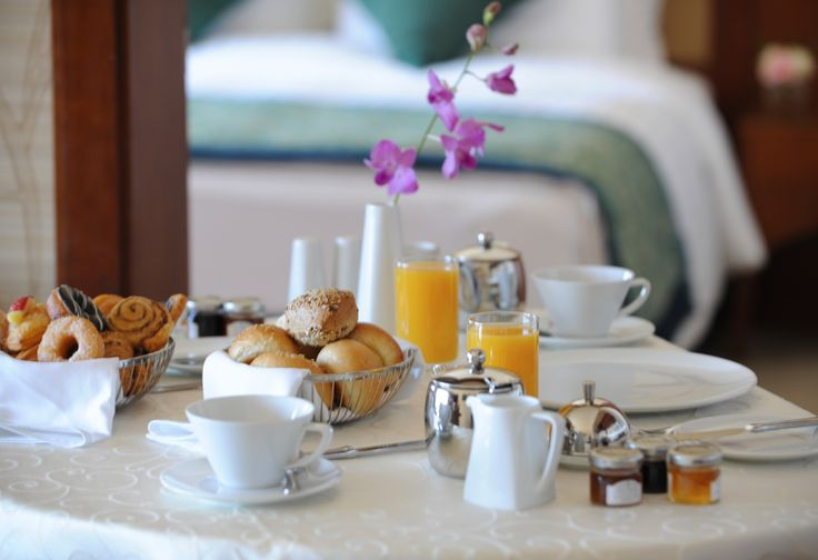 Make your morning even easier. Let #breakfast come to you! #RoomService