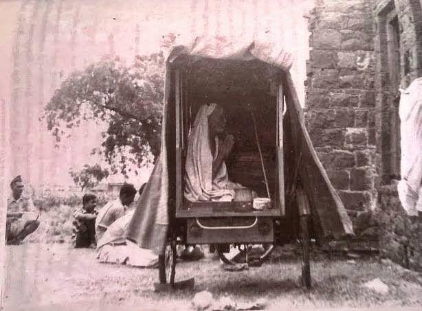 Periyava in Cart