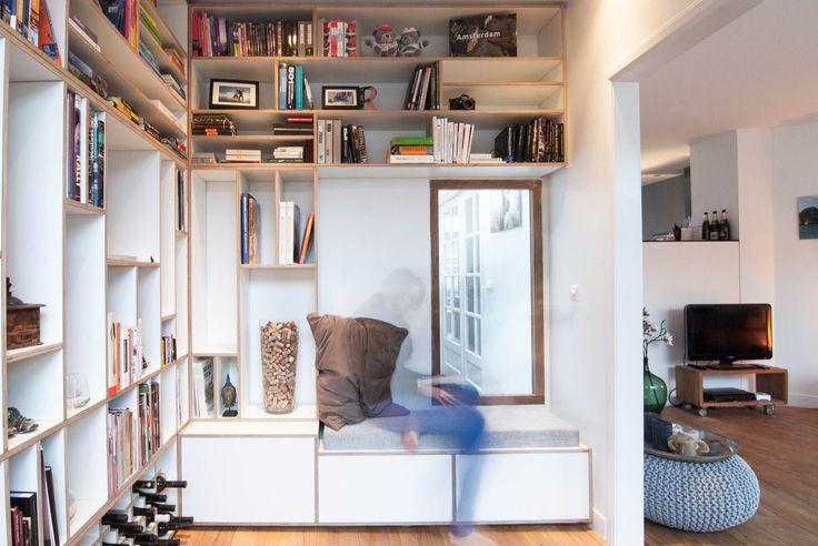 In Amsterdam West heeft GROW een ontwerp gemaakt voor een bovenwoning waarbij de badkamer, toegang tot woonkamer en een groot interieurmeubel in erker en bibliotheek uitgangspunt waren. Doel van de...