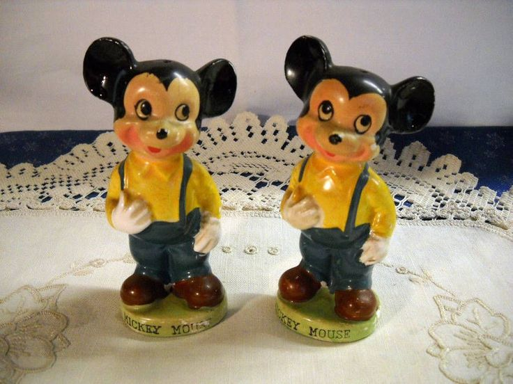 Vtg Walt Disney Productions Mickey Mouse Salt Pepper Shakers~Old Mickey Style