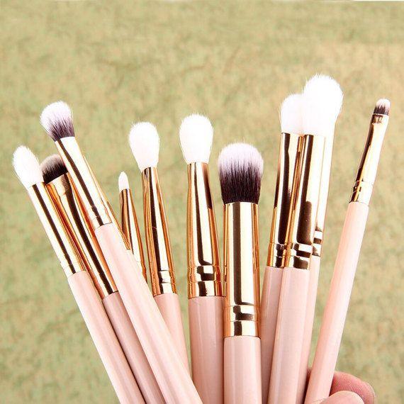 Información sobre 12 x brochas de maquillaje profesional Set Fundación polvo delineador de ojos Sombra de ojos labios, cepillo