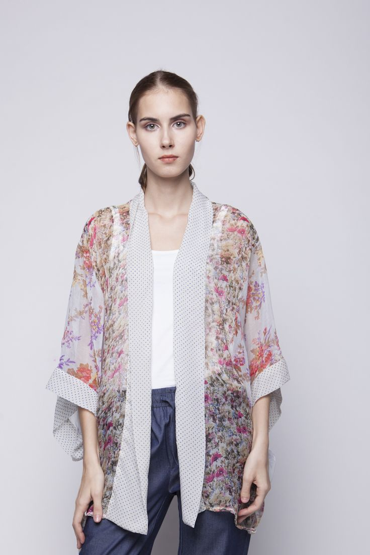 Belle Kimono Purple & Red Flower   Rp 221.250