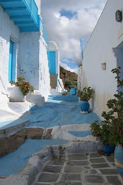 Folegandros, Cyclades, Greece (stay at Anemomilos Apartments)