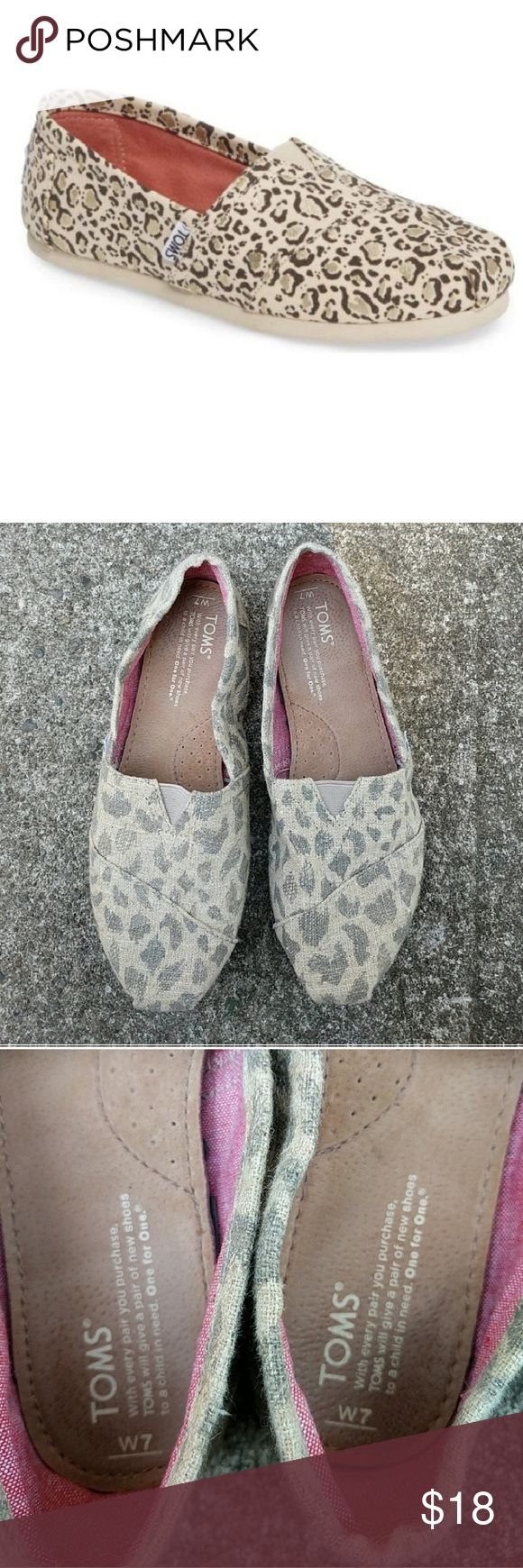 Leopard print burlap Toms Worn a few times great condition. Leopard / cheetah print super cute! Toms Shoes Flats & Loafers