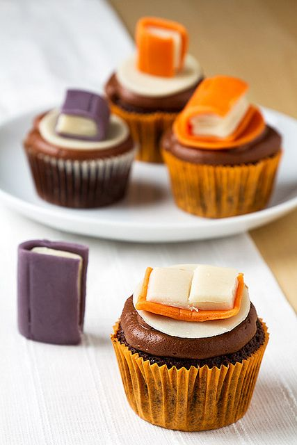 book cupcakes - how cute are these!