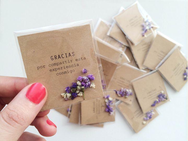 Tarjeta de agradecimiento a los invitados de la Primera Comunión con flores