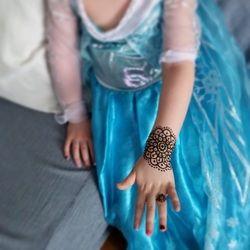 little princess - Winnipeg Henna Artist - Lady Lorelie Productions