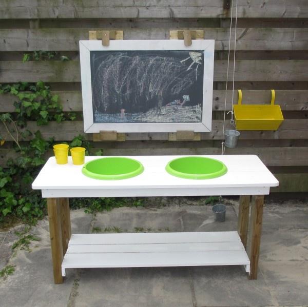 Zandtaartjes keuken #DHZ #buitenspelen (www.appelsenparren.blogspot.nl)