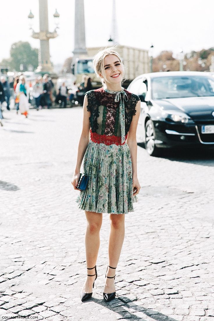 PFW-Paris_Fashion_Week-Spring_Summer_2016-Street_Style-Say_Cheese-Kiernan_Shipka-Valentino-