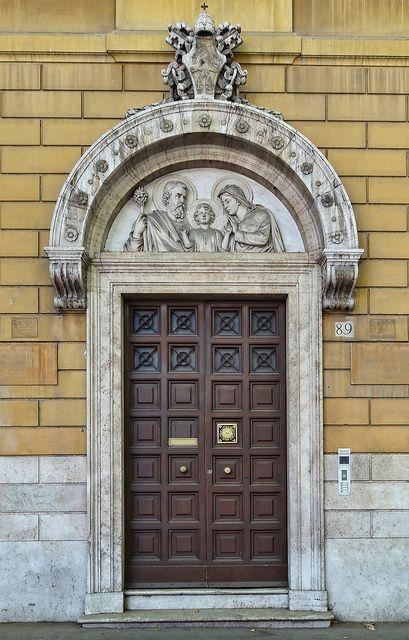 Rome Door  Viale di Trastevere by Atelier Teee, via Flickr