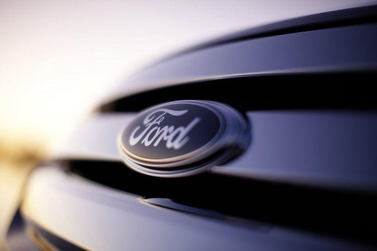 К 2018 году Ford намерен сделать гибридный автомобиль - http://amsrus.ru/2014/08/21/k-2018-godu-ford-nameren-sdelat-gibridnyiy-avtomobil/