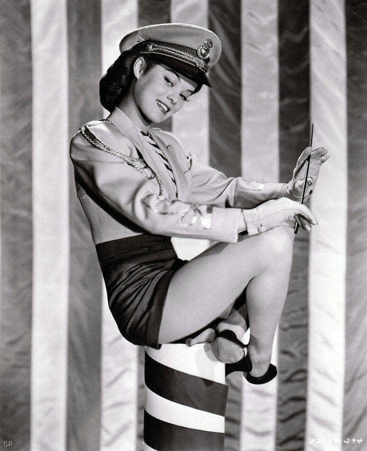 Actress Dona Drake