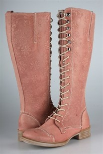 Ten Points light pink leather Pandora boots with a floral design. Pretty pretty.