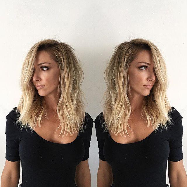 Mid length hair|| undone wave|| texture|| modern|| cut by @domdomhair|| color by @zabriela|| @behindthechair_com #behindthechair || @american_salon #americansalon || @modernsalon #modernsalon