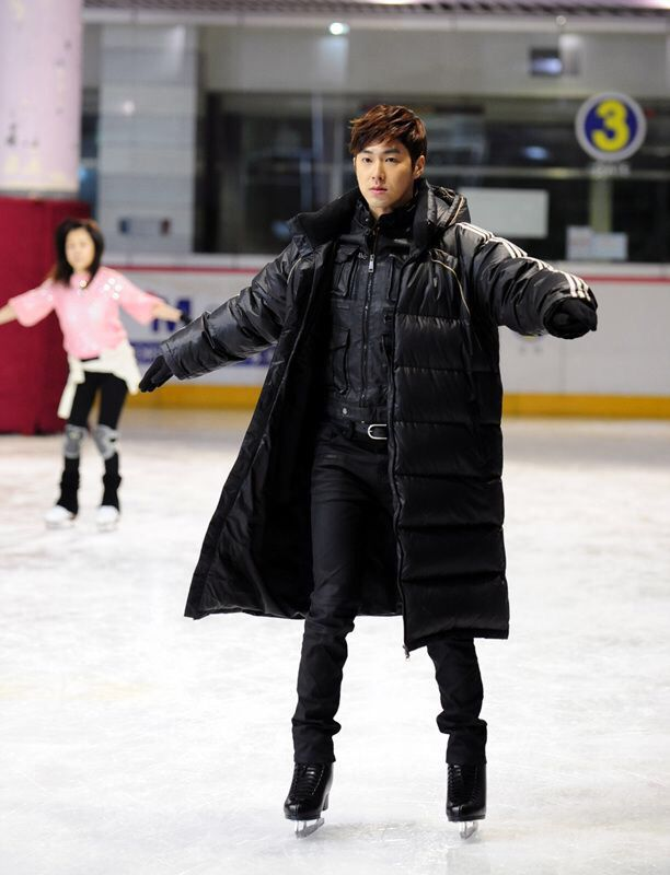 YunHo is our little penguin. u,u