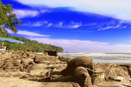 4 Wisata Pantai di Sumbar Untuk Liburan Anda