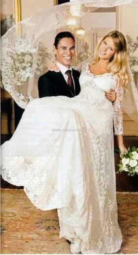 Nozze vip di Julio Iglesias jr. con la modella Charisse Verhaert. La sposa in abito Pronovias