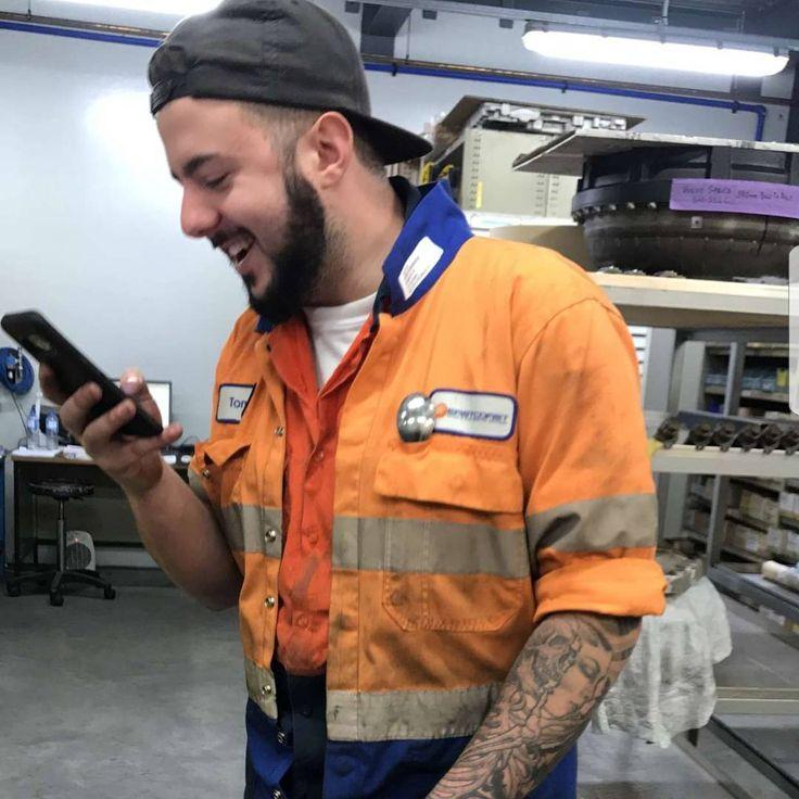 When the Memes are just too good #meme #memes #goodmeme #laugh #smile #beard #mechanic #overalls #work #werk #tatty #tattyslip #sleeve #rolledup