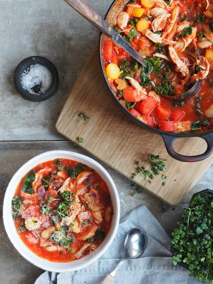 tomatsuppe med kylling og grønnsaker