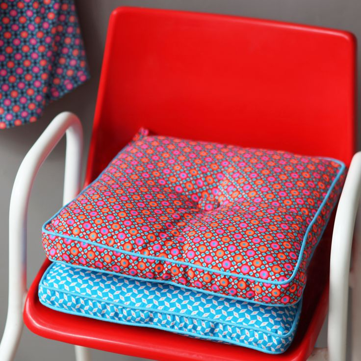 oltre 25 fantastiche idee su galette pour chaise su pinterest galette de chaise diy coussin. Black Bedroom Furniture Sets. Home Design Ideas