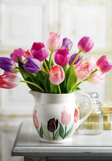 Tulips from Waitrose come in a reusable Emma Bridgewater jug