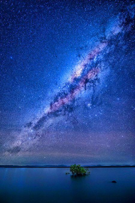 Mind-Blowing Image of Milky Way Galaxy at Wilson Beach in Australia