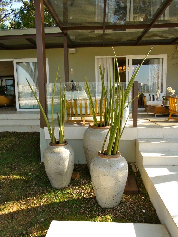 escada externa vasos gazebo vidro parapeito vidro gramado varanda sacada terraço