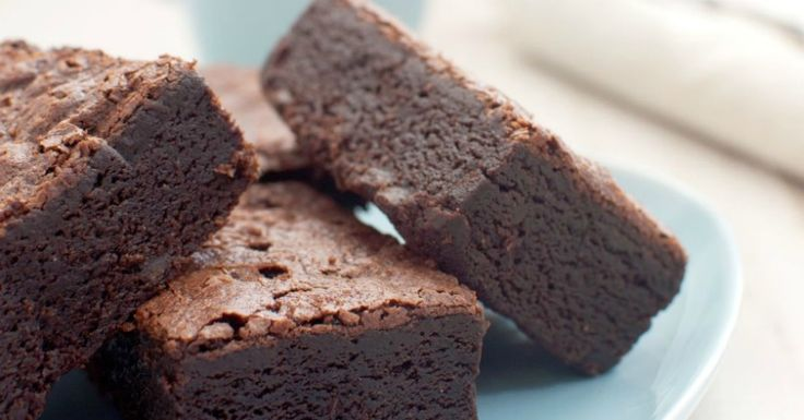 Delicious grain-free, coconut flour brownies are perfect with a tall glass of raw milk or yummy coconut milk!