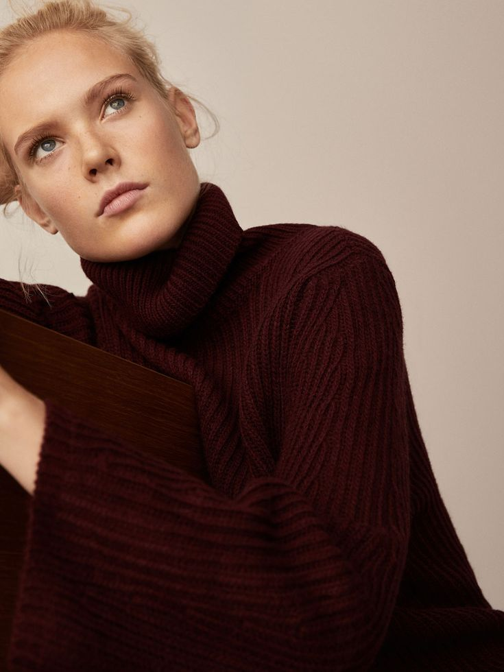 Fall Winter 2017 Women´s MAXI PURL KNIT SWEATER WITH PUFF SLEEVE DETAIL at Massimo Dutti for 110. Effortless elegance!