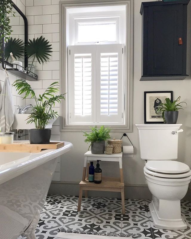 Love The Roll Top Bath Classic Style Toilet Taps Flusher The Floor Tiles Sto In 2020 Bathroom Interior Bathroom Design Home