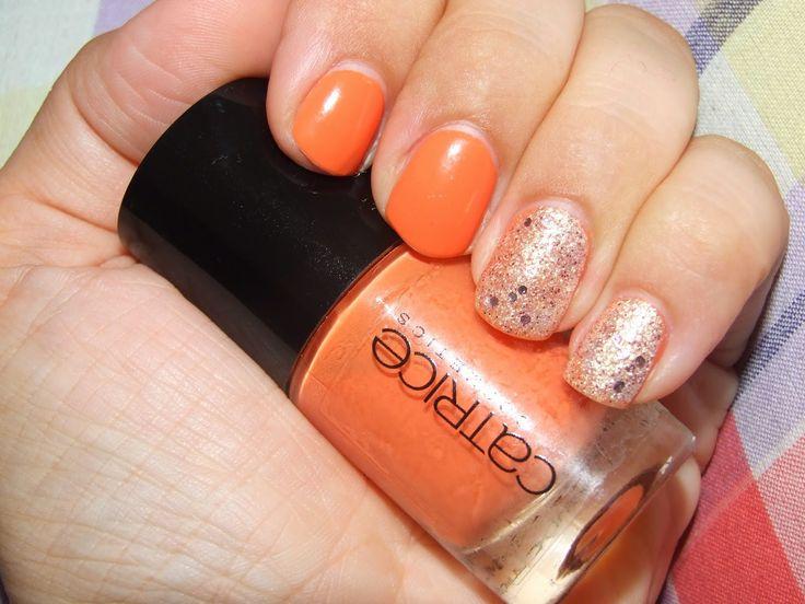 Neon - Crushed crystals Nails - Neónové a pieskové nechty #Catrice #Nails