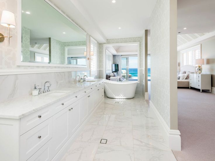 1/5/15 Main Beach, QLD Sales Agents - David Vertullo and Murray Schmidt Professionals - Vertullo Real Estate 07 5501 4000 Property Video - www.youtube.com/watch?v=aIQl_VsMsvA #bath #marble #bathroomdesign #homeinspo #homedesign