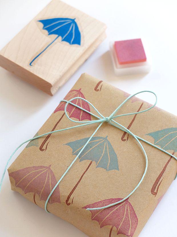 Bluebells Design - Creare una carta regalo con i timbri
