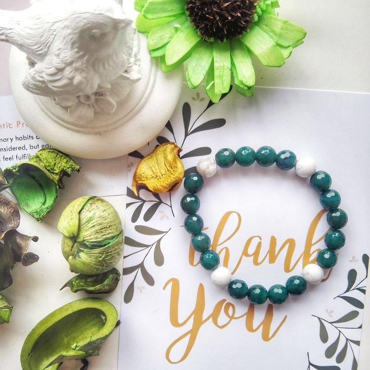 """Спасибо Вам, что Вы с нами пока еще короткий путь """"Puella Je"""". Спасибо, что жмете like♥️ наши фото и спасибо, что проявляете интерес к нашим украшениям! Обещаем и дальше радовать наших клиентов. Готовьтесь заказывать! Насыщенный зеленый (тренд 2017 года) из серии basic подойдет к любому повседневному наряду: ✔️ Агат  ✔️Говлит 〰〰〰〰〰〰〰〰〰〰〰〰〰〰〰〰 Стоимость: 365 грн. или 25 бел.рублей . #puellajewelry Ваши заказы принимаем через direct  или в комментариях оставляйте нам…"""