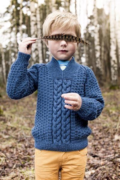 1409: Modell 7 Genser med fletter #SmartGarn #strikk #knit