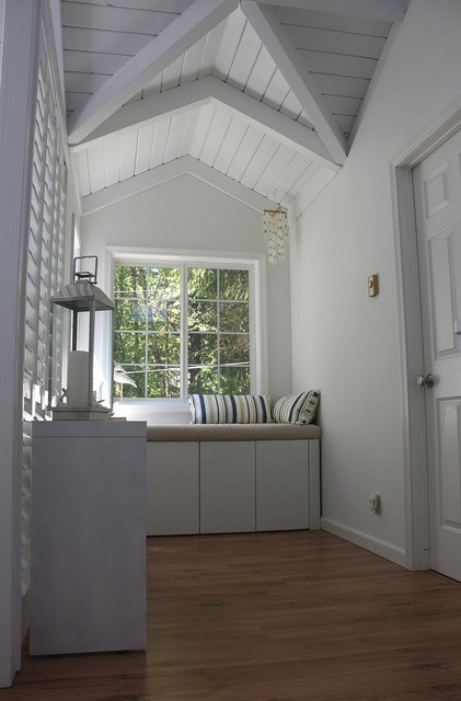 Beach Cottage.   Painted Wood Ceiling.