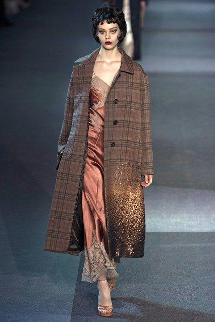 Louis Vuitton - www.vogue.co.uk/fashion/autumn-winter-2013/ready-to-wear/louis-vuitton/full-length-photos/gallery/952365