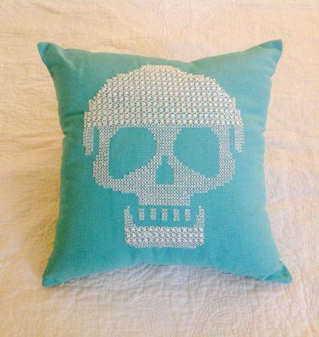 kurukafa kanaviçe turkuaz yastık #scull #handmade #home #decor #pillow #rocknroll #turquoise #love