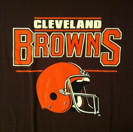 Vintage Cleveland Browns NFL football helmet t-shirt