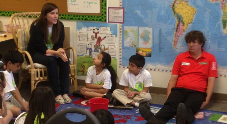 """""""Duffnering"""" Golfer Jason Dufner Appears To Be Having A Lot Of Fun Visiting These Kids In Dallas after winning PGA golf"""