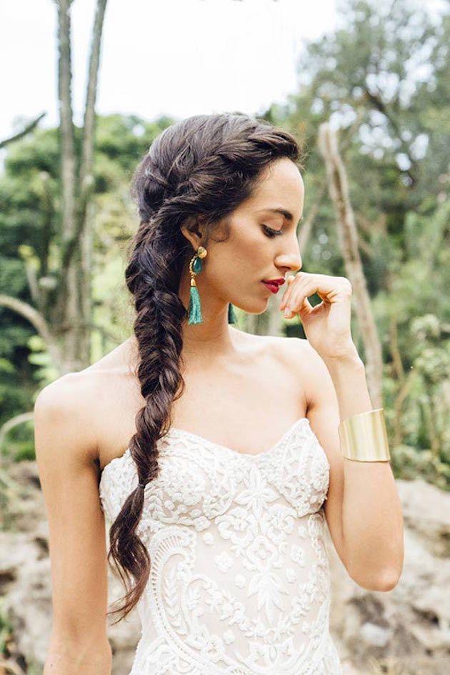 Wedding+Hair+Inspiration:+Fishtail+Braid+|+Bridal+Musings+Wedding+Blog