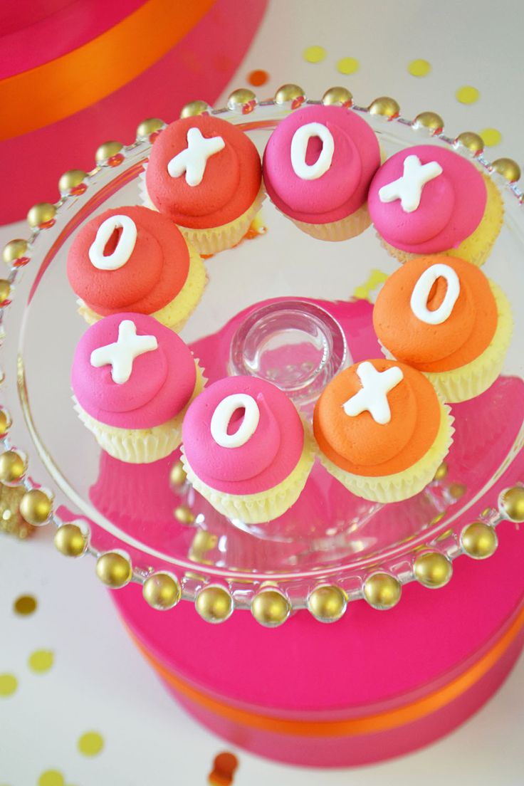 XO Valentine's cupcakes in red, orange and hot pink by Bake Sale Toronto.