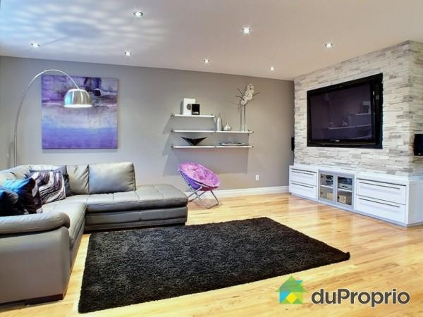 Un salon moderne pour une jolie maison de rivi re des prairies salons boudoirs et salles - Inspiration salon ...