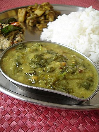 Spinach dal: Indian Recipes, Indian Soul, Food Ideas, Spinach Dal, Indian Dal Pulse, South Indian, Indian Food Yum, Indian Dishes